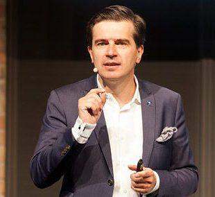 Prof. Thomas R. Köhler ist Speaker und Moderator für Online Konferenzen